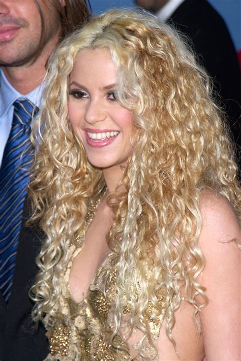 Shakira's Hairstyles & Hair Colors   Steal Her Style   Page 2