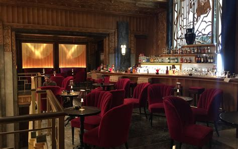 Talking Hotel Cortez with American Horror Story's Set