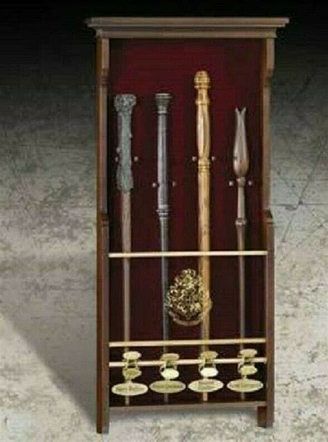Harry Potter Official Licensed Hogwarts Collectors 4 Wand