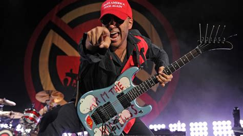 All-Star Gear: Tom Morello's Arm The Homeless guitar and