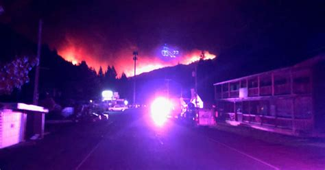 Map traces current fires burning across Oregon in real-time